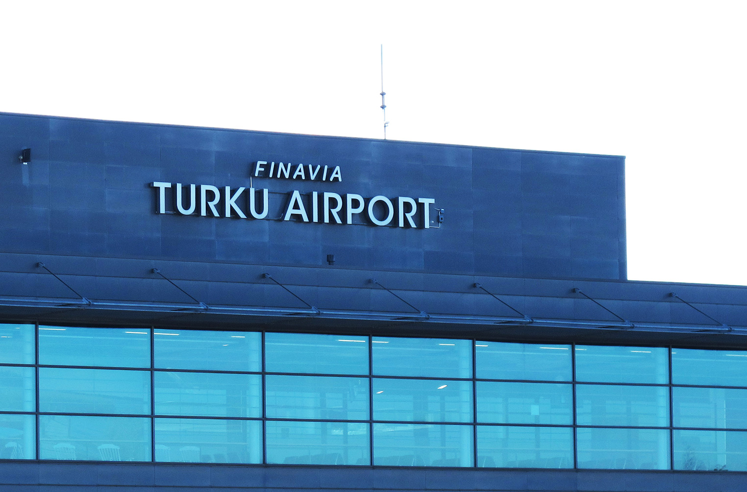 turku_airport_crop