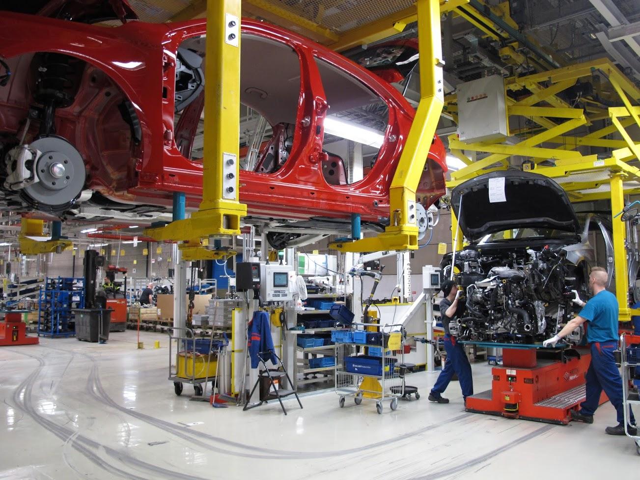 Kuva Uudenkaupungin autotehtaalta